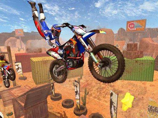 Play Stunt Moto Racing Game
