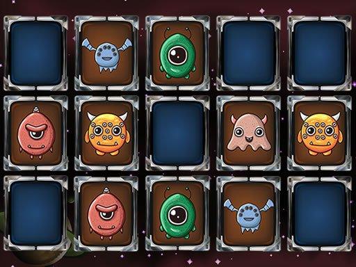 Play Aliens Memory Game