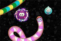 Play Worms Zone Game